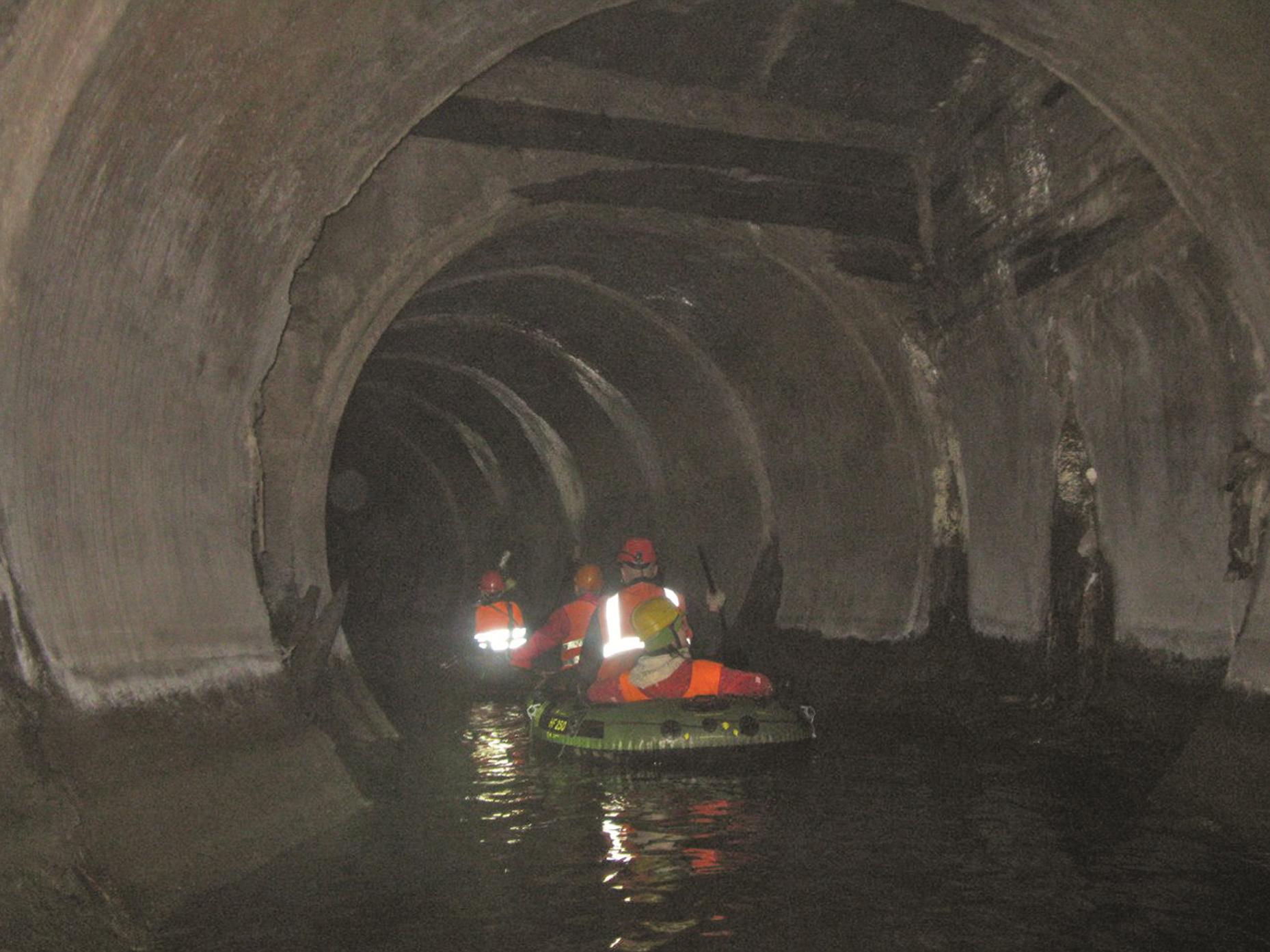 Сплав по подземной реке